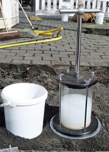 Bodendensitometer zur Messung der Bodendichte.