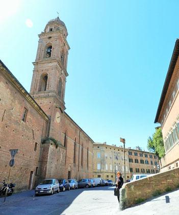 ベッカフーミの絵画が必見 カルミネ教会