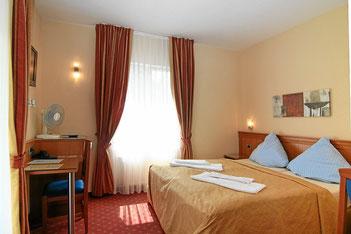 Doppelzimmer (2 Betten zusammen)