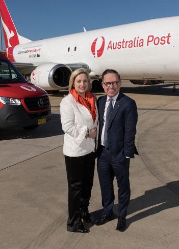 Australia Post's Holgate with Qantas CEO Joyce with B737F  -  courtesy Australian Post