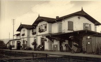 Wandbrunnen am Bahnhofsgebäude in Malsch