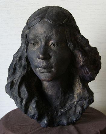 妻和子の像