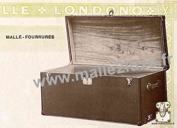 Malle Louis Vuitton en bois de camphrier pour les fourrures