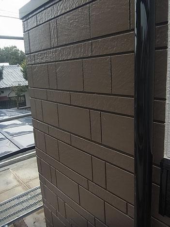 熊本市K様邸外壁2色色分け塗装完成。ブラウンカラー系を使用。