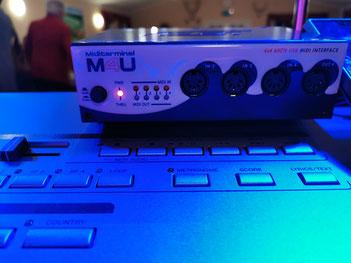 Midi-Interface für Licht und Gitarre