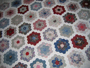 English Paper Piecing Hexagon Grandmother's Flowergarden