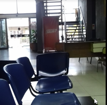 Warten auf den Otorrinolaringologen in der Klinik SUM & ERI