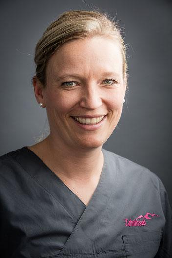 Zahnärztin in Bern - Nora Oelbermann