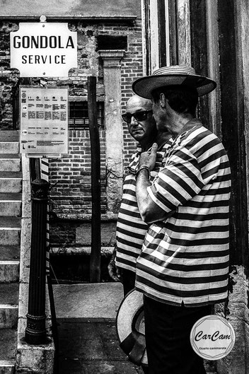Venise, venice, sérénissime, gondole, gondola, gondolier, art, travel, dalton, frères, noir et blanc, black and white, art, street photography, carcam, je shoote