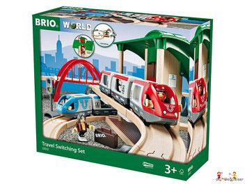 """Bei der Bestellung im Onlineshop der-Wegweiser erhalten Sie das Holzeisenbahnset """"RC Travel 44-teilig vom Hersteller Brio."""