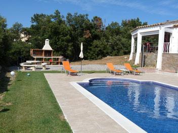 Location vacances maison avec jardin, piscine et barbecue pour 6 personnes à Begur
