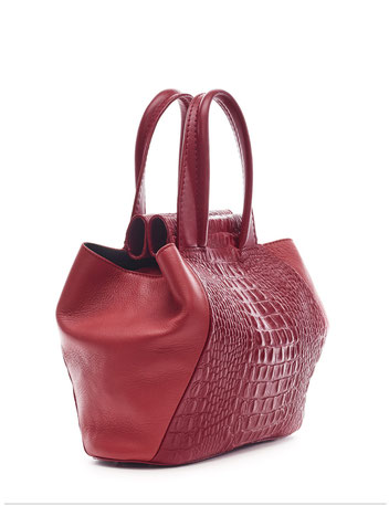 OWA Germany  _  LIPS TOTE _ Finest Couture Craft _ Handcrafted in Germany  I owa-bags.com I