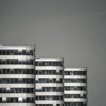 Trias Towers, Berlin, photography, Minimalismus, Fotografie, minimalism, minimalist, minimalistisch, Holger Nimtz, Wandbild, Kunst, Fotokunst, Archetektur, architecture,