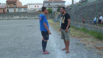Mister Ignazio Scuderi con il centrocampista Loris Mannino, centrocampista degli Allievi Regionali