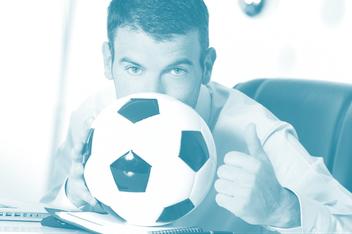 Mann, Business Kleidung, Fußball