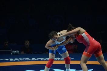 Martina KUENZ holte Gold bei den Ladies Open, hier auf der WM gegen La Roque