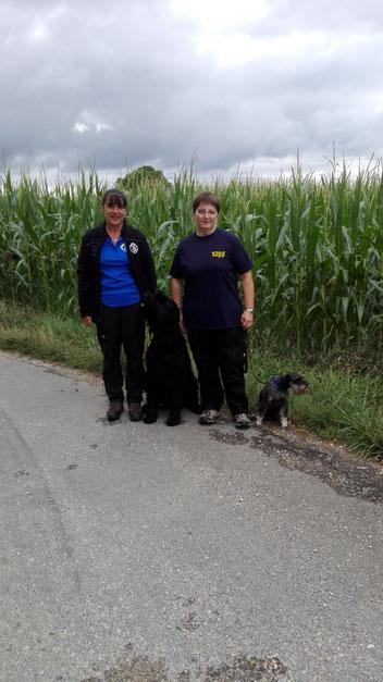 23.07.2017 zwei erfolgreiche Hund-Mensch-Teams
