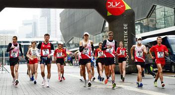 Start der Deutschen Meisterschaften im Straßengehen (Foto: Kai Peters)