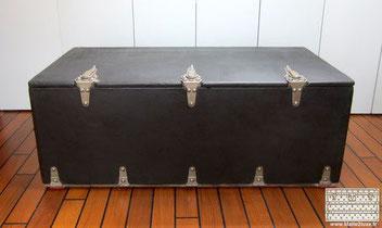 coffre a valise Louis Vuitton automobile noir