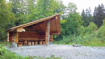 Schutzhütte auf dem Etzel