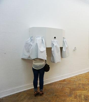 Innere Ansichten, 2015, Holz, Glas, Folie, Blattsilber, 117 x 52,8 x 60cm.