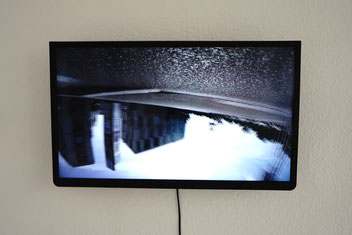überkopf, 2018, Video gezeigt im Loop.