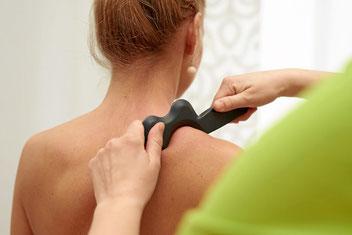 Physiotherapie an der Schulter und bei Rückenschmerzen