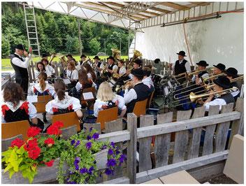 Die B&T beim Feuerwehrfest in Schapbach