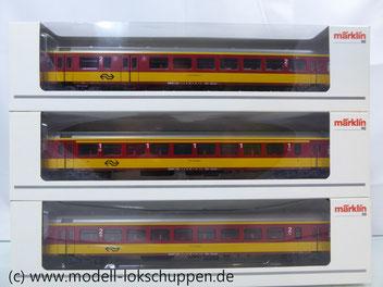 Märklin 42637, 43647, 42657   Set Inter-City  Schnellzugwagen der NS