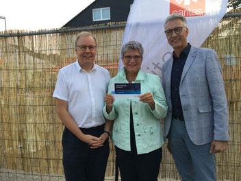 Bild: MdL Lerch mit den Caritas-Direktoren Wolfgang Schnörr (l.) und Stefan Hohmann (r.)