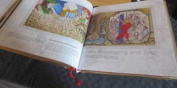 Eine Buchseite der Wiedmann-Bibel.   Foto→ Kurt Dechert