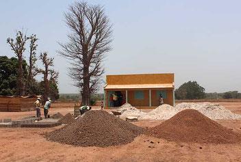 Acción Papalagi del Grupo Scout Chaminade - Construcción del segundo aula en Bantancounou, 2013