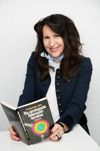 Beatrice Ganz, Präsidentin und Aktuarin
