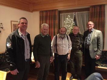 v.l.n.r.: Obmann Andreas Mittermayer, die Ehrenmitglieder Oswald, Arnold und Walter, Verbandspräsident Peter Mayrhofer