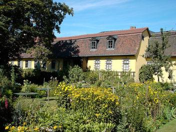 Goethes Gartenhaus mit Sommergarten