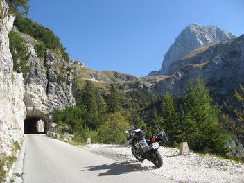Die Mangart-Straße in Slowenien