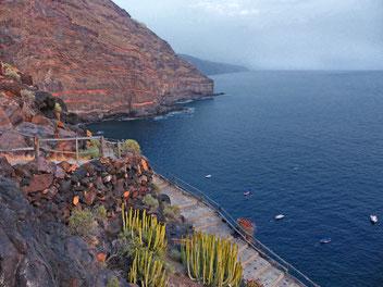 Baden und Schwimmen am alten Puerto Puntagorda, hier liegen die Boote der Fischer