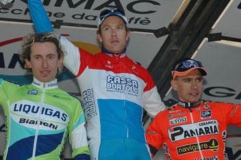 Foto courtesy: Daniel Schamps archivio TLS, il podio del Trofeo Laigueglia 2005, F.Pellizotti in maglia Liquigas arriva 2°.