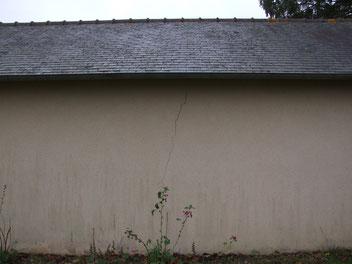 Mur de garage fissuré, expertisé