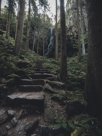 Der Burgbach Wasserfall.