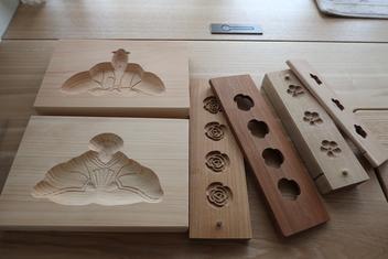 「おこしもの」の木型と落雁の木型