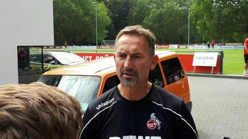 Immer gefragt: Trainer Achim Beierlorzer