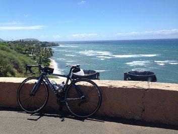 ハワイで自転車を預かり保管します。そうすればこんな素敵な景色をいつでも⑦楽しめる。