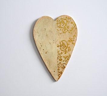 Herz in creme-gold zum Hängen