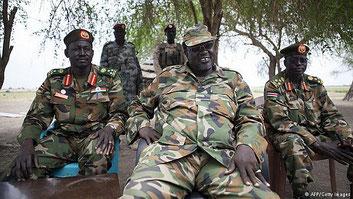 Il leader dei ribelli Riek Machar. In quanto a crudeltà non teme il confronto con il rivale Salva Kiir