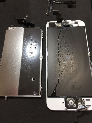 iPhone5S水没画面