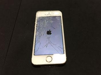 ガラスが割れたiPhone5s
