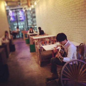 suzu cafe神宮前にて