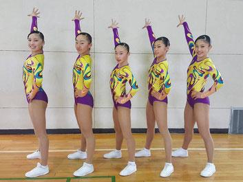ユース2グループ部門で優勝した(左から)大島・田中・金子・川路・矢羽々
