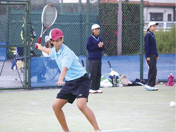 2015.11Championship大会でプレーする本澤